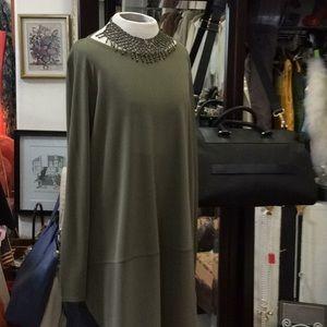 Eileen Fisher classic.  Warm kaki green tunic